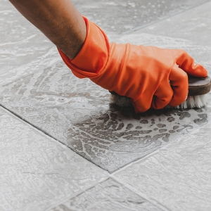 7 Reasons to Professionally Clean Your Grout and Tile Surfaces
